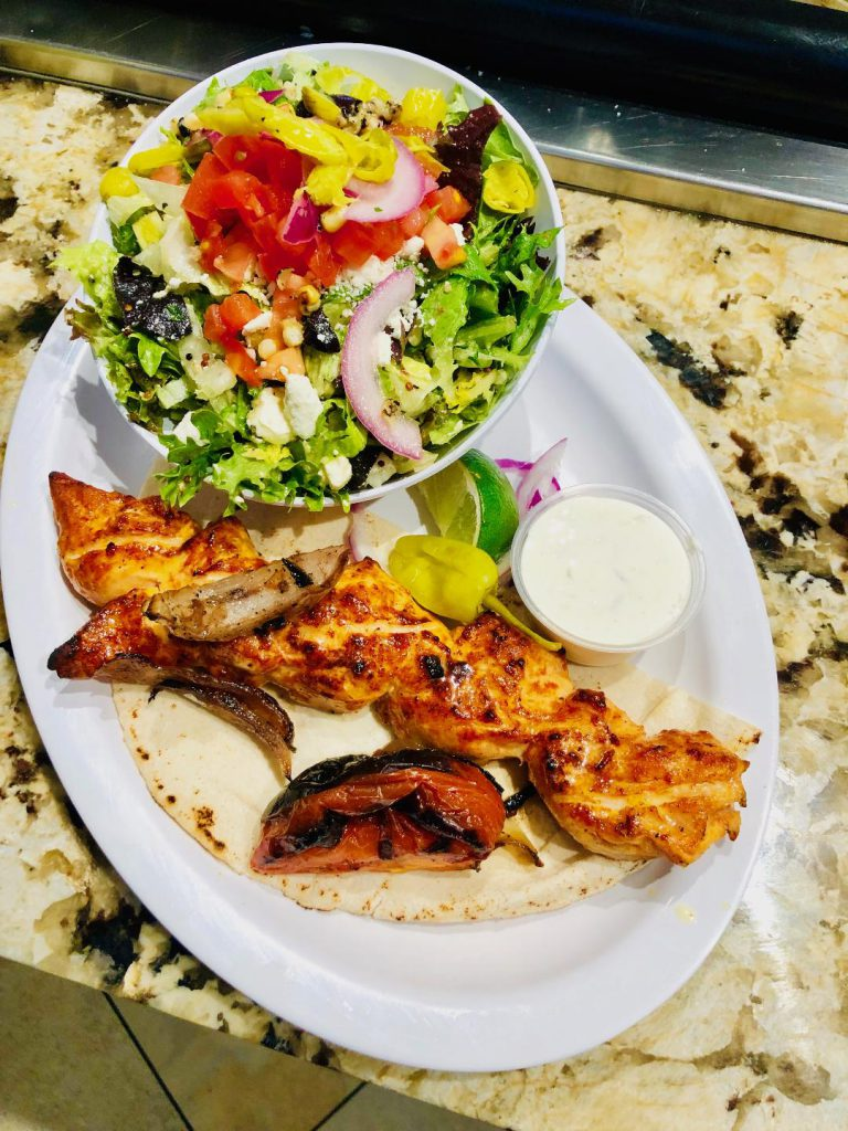 Chicken kabob w/Greek salad